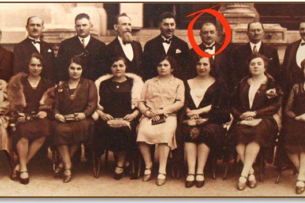 The Kornmehls of Vienna with Freud's butcher, Siegmund Kornmehl, circled in red