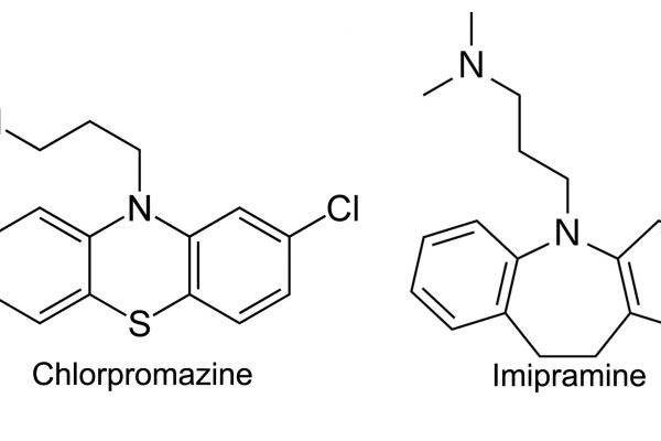 The similar chemical structures of chlorpromazine and imipramine