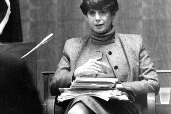 Forensic psychiatrist Dorothy Otnow Lewis on the stand during the Arthur Shawcross trial