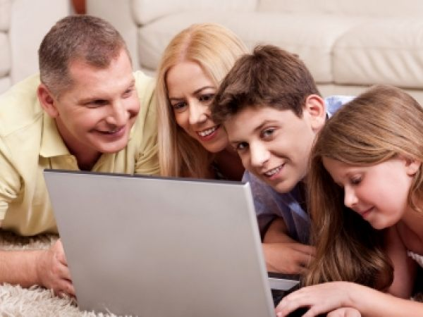 Parenting a tweens & teens has gotten trickier in the Digital Age