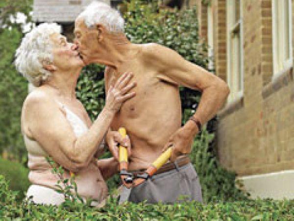 Old people having sex pics