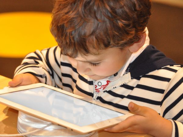 Harmful effects of excessive screen time