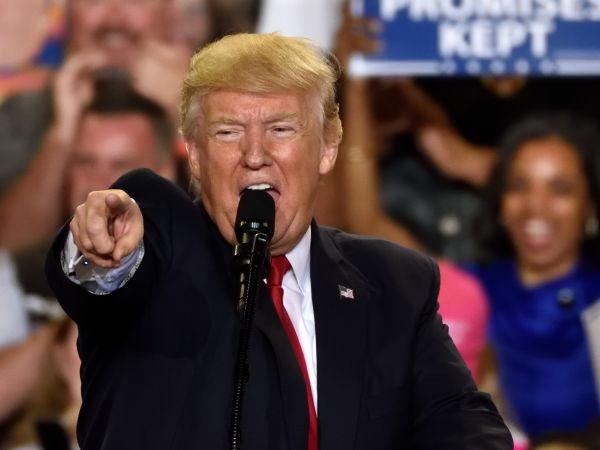 Donald Trump in Harrisburg PA April 29, 2017