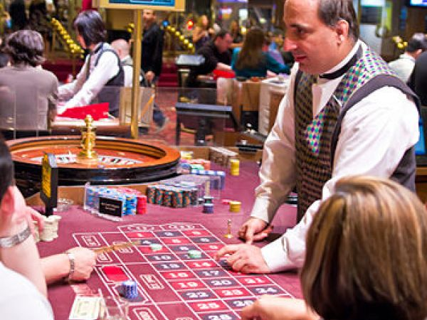 The Psychology of Gambling | Psychology Today
